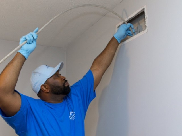 Professional Duct Cleaning Service - Reasons To Hire Them At Periodic Intervals