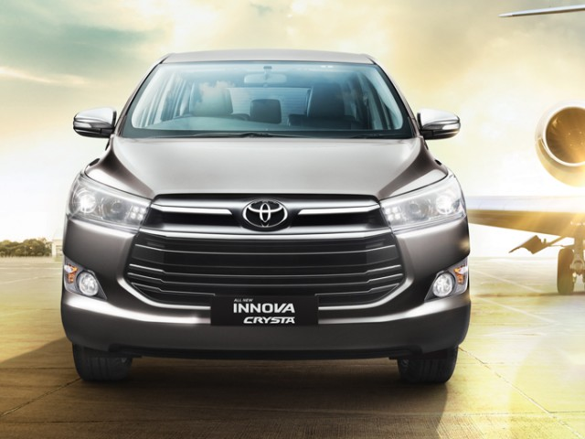 Toyota Innova Crysta Vs Innova – What All Have Changed
