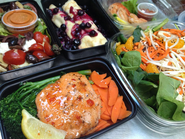 Want Healthy Choices To Grab In Food Delivery In Train?