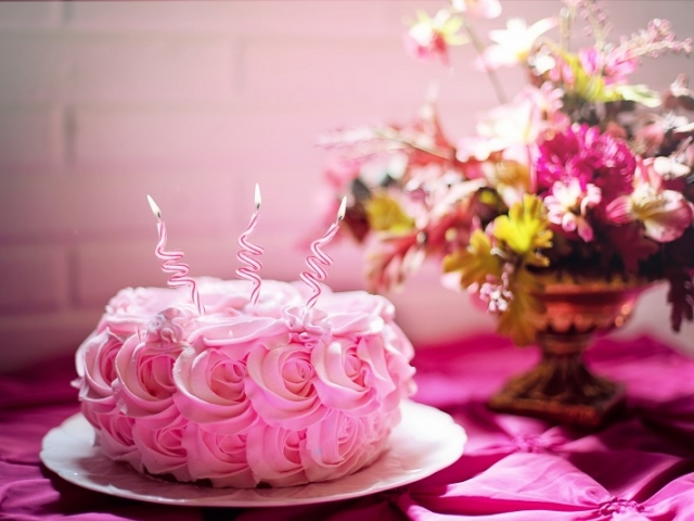 delicious cakes with beautiful flowers