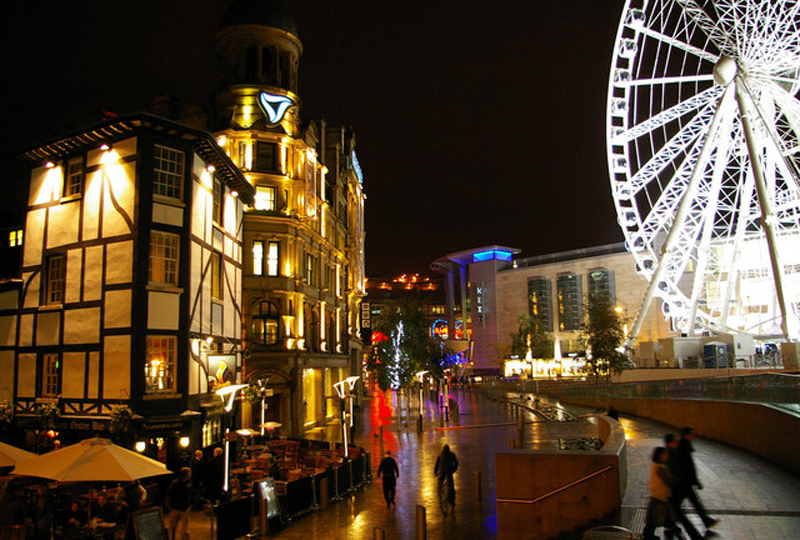 Why Should You Move To Manchester?